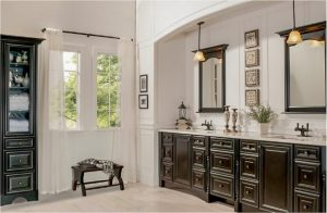 bathroom-cabinets-in-newnan-ga-black-shiny-vanity